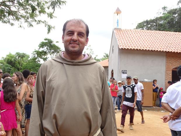 """""""Vamos continuar lutando, resistindo para que este lugar seja preservado, porque aqui não é lugar de mineração"""", destaca Frei Gilberto em entrevista"""