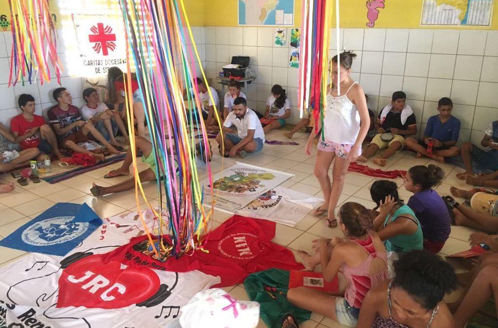 Intercambio de juventudes vivenciam os desafios da Soberania popular na Mineração no Ceará