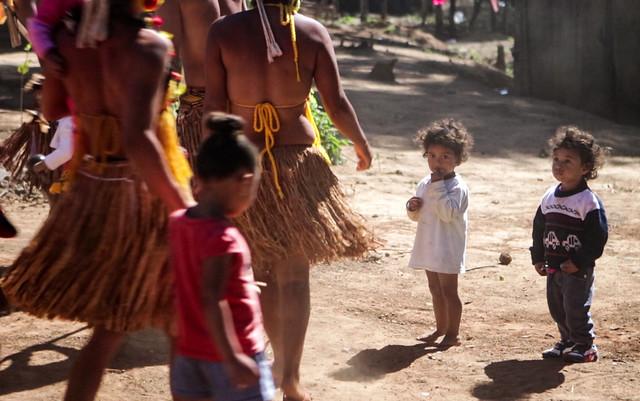 Indígenas de Brumadinho (MG) sofrem com falta de água