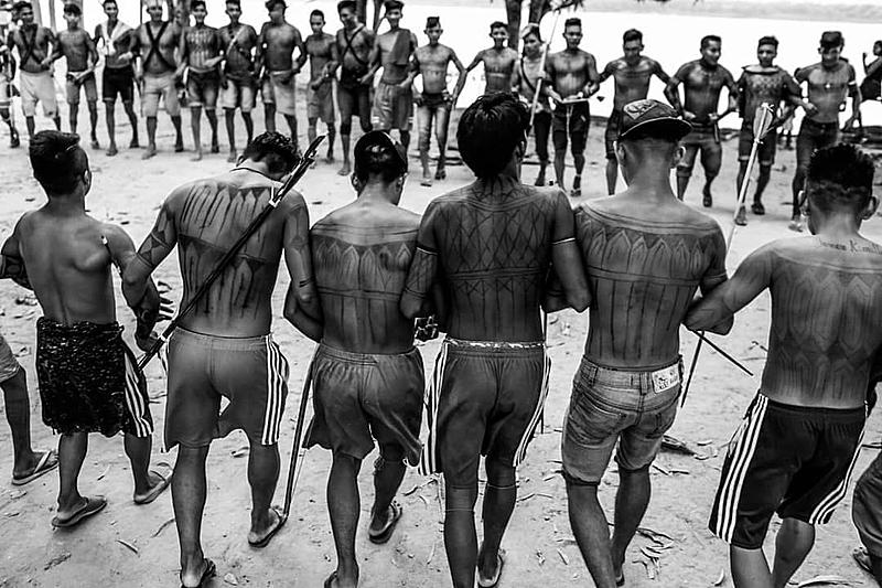 Garimpo gera problemas sanitários, ambientais e culturais em terras indígenas