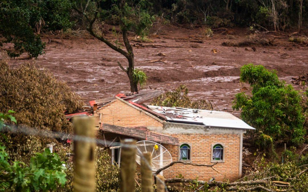 Corte de verbas pelo governo Bolsonaro aumenta risco da mineração e de novos rompimentos de barragens de rejeitos no país